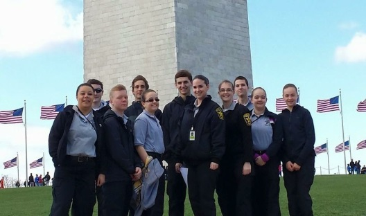 Explorers in front of Washignton Memorial